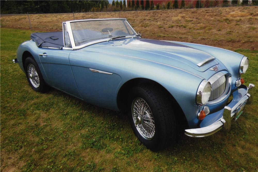 1967 AUSTIN-HEALEY 3000 MARK III BJ8 CONVERTIBLE - Front 3/4 - 161026