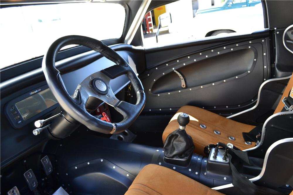 1933 FORD 3 WINDOW CUSTOM COUPE - Interior - 161084