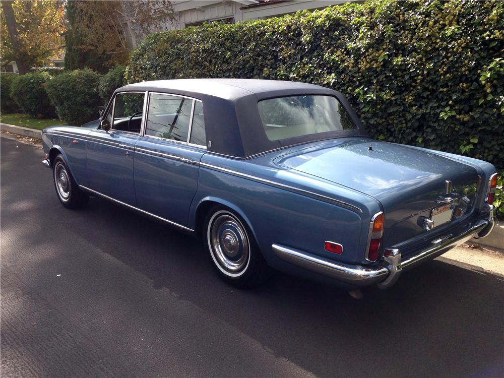 1973 ROLLS-ROYCE SILVER SHADOW LWB - Rear 3/4 - 161109