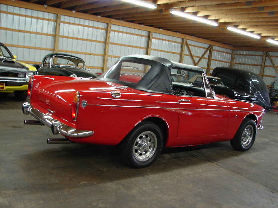 1966 SUNBEAM TIGER CONVERTIBLE - Rear 3/4 - 161117