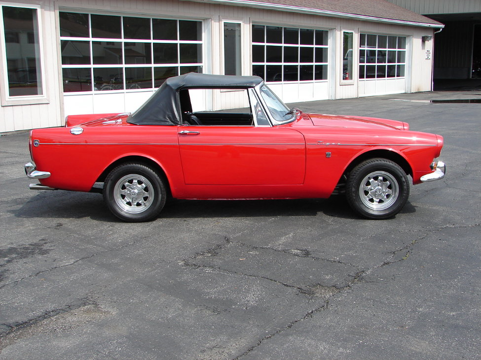 1966 SUNBEAM TIGER CONVERTIBLE - Side Profile - 161117