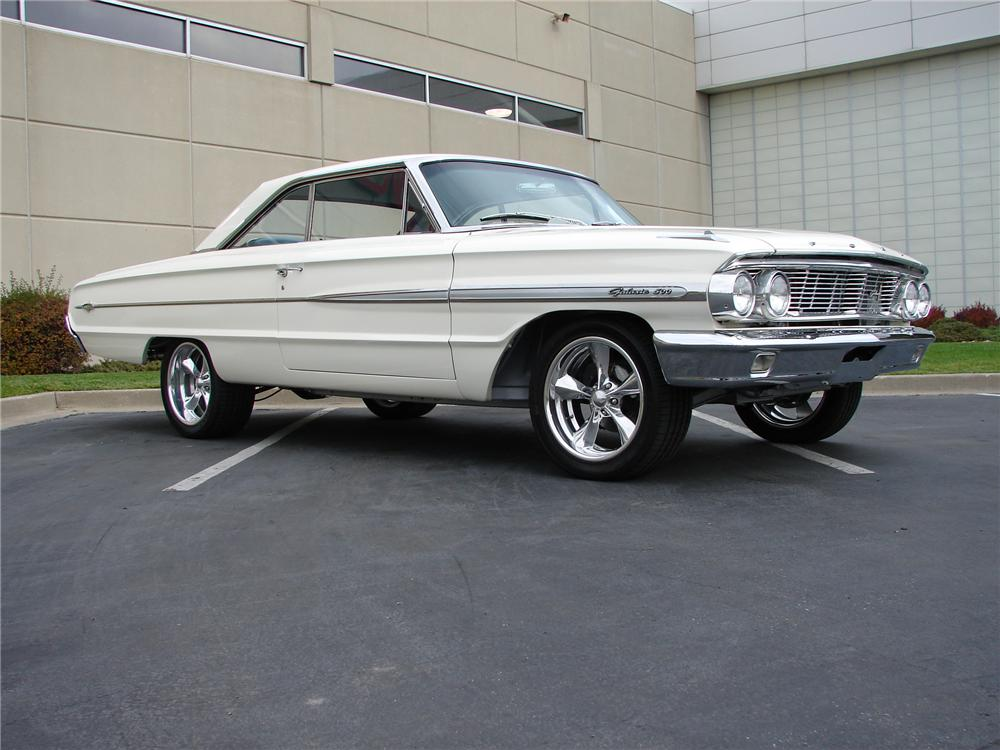 1964 FORD GALAXIE 500 XL CUSTOM 2 DOOR COUPE - Front 3/4 - 161123