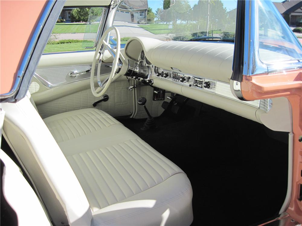 1957 FORD THUNDERBIRD CONVERTIBLE - Interior - 161139