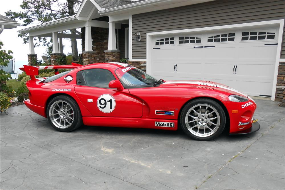 2002 DODGE VIPER GTS 2 DOOR COUPE - Side Profile - 161146
