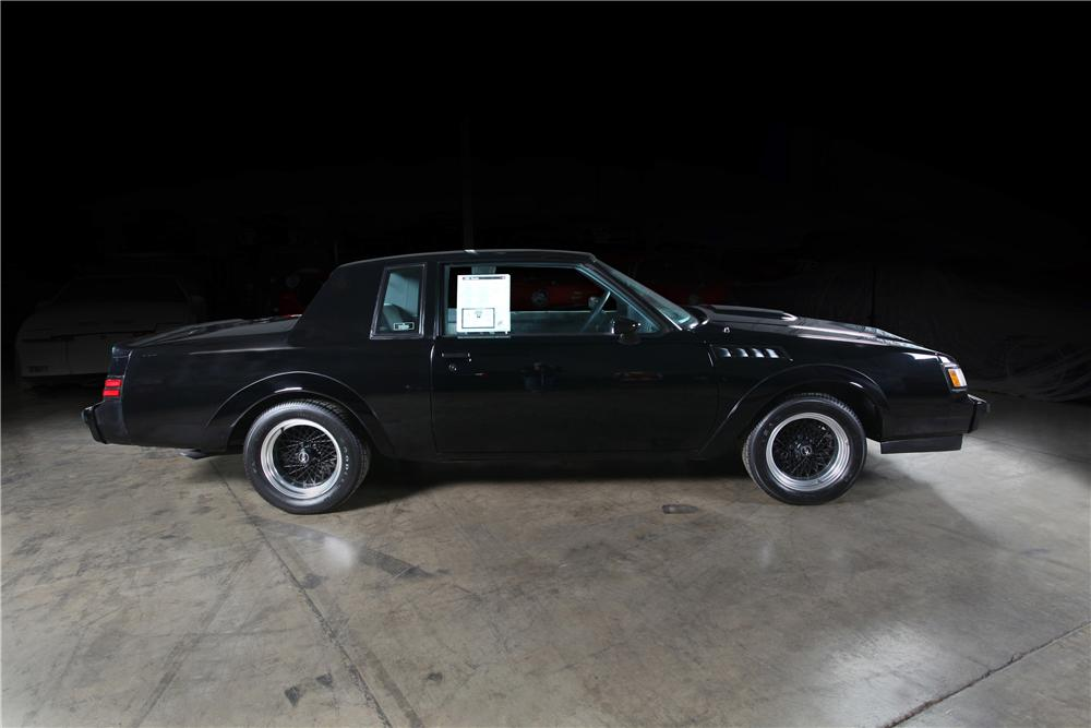1987 BUICK GNX 2 DOOR HARDTOP - Side Profile - 161163