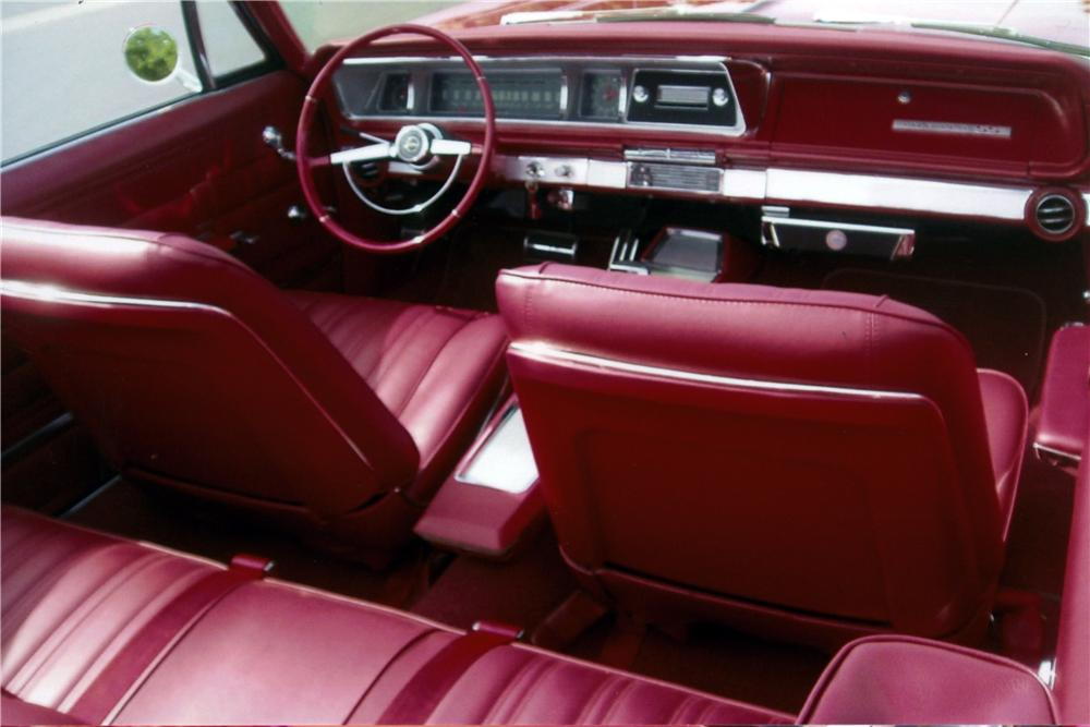 1966 CHEVROLET IMPALA SS CONVERTIBLE - Interior - 161174