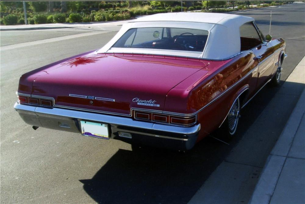 1966 CHEVROLET IMPALA SS CONVERTIBLE - Rear 3/4 - 161174