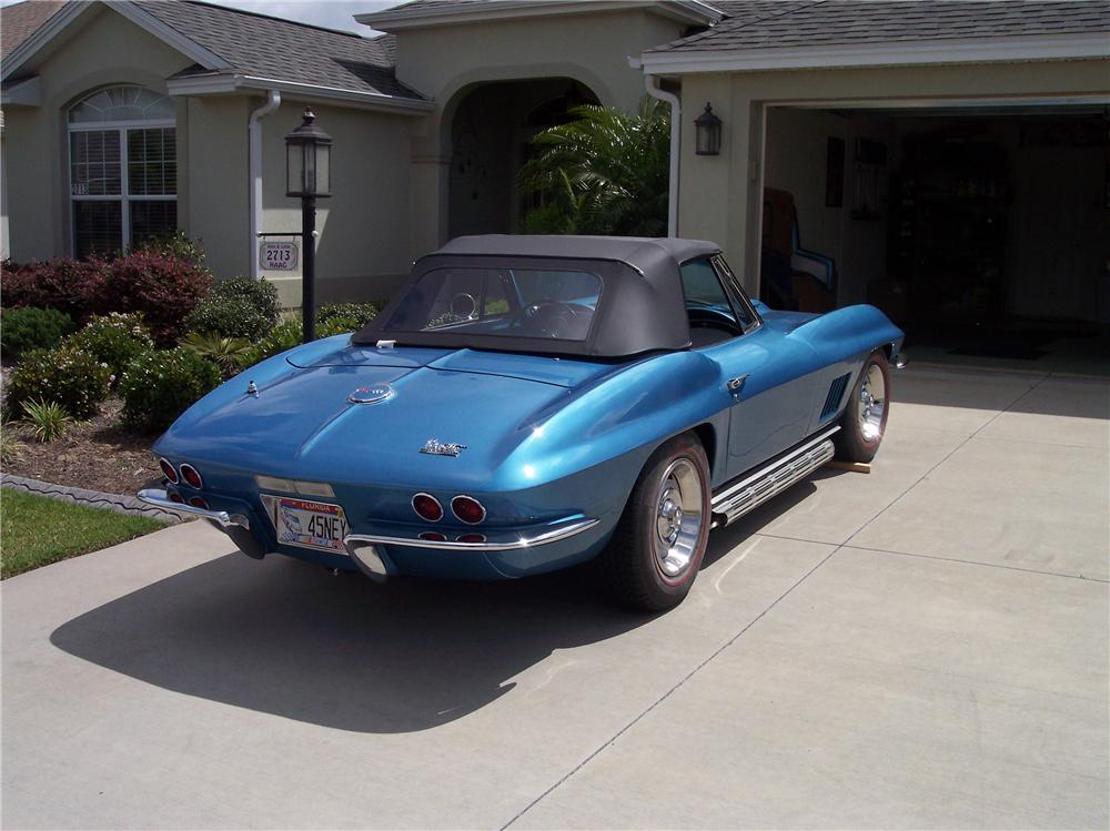 1967 CHEVROLET CORVETTE CONVERTIBLE - Rear 3/4 - 161180