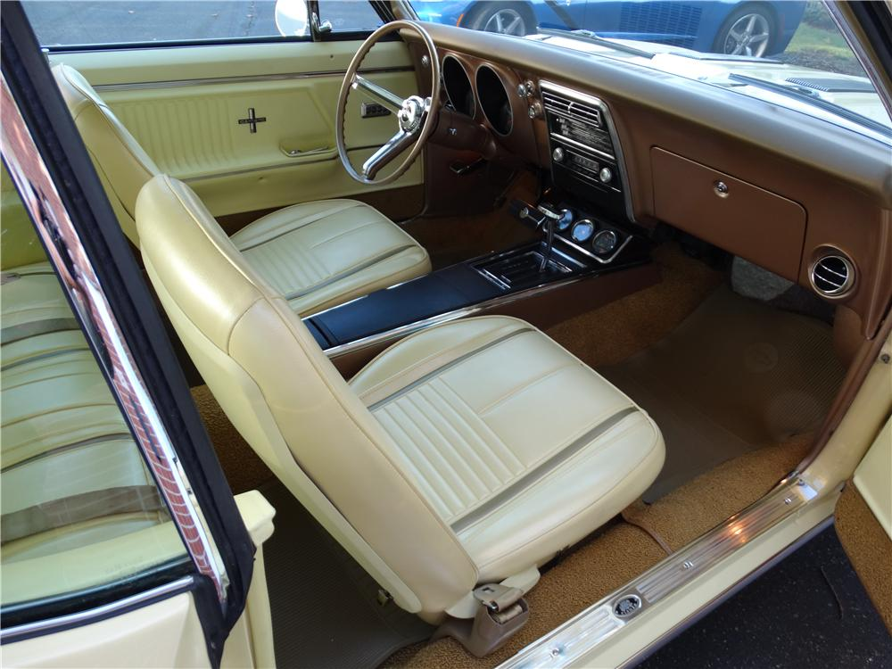 1967 CHEVROLET CAMARO RS/SS 2 DOOR COUPE - Interior - 161186
