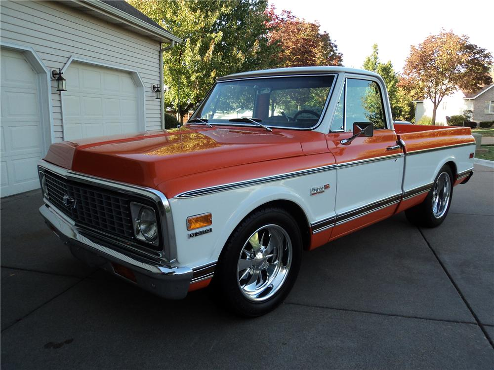 1971 CHEVROLET C-10 CUSTOM PICKUP - Front 3/4 - 161202