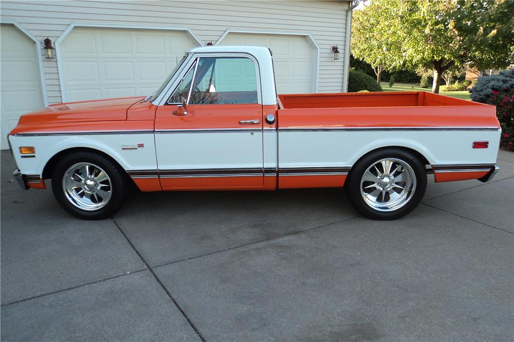 1971 CHEVROLET C-10 CUSTOM PICKUP - Side Profile - 161202