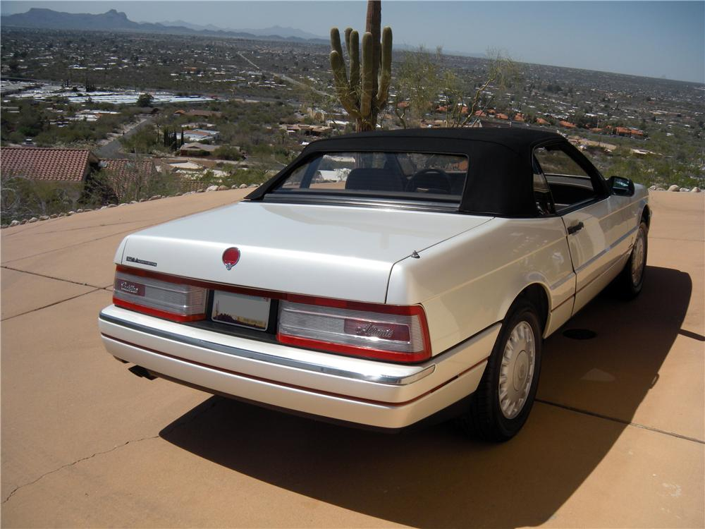 1993 CADILLAC ALLANTE CONVERTIBLE - Rear 3/4 - 161210