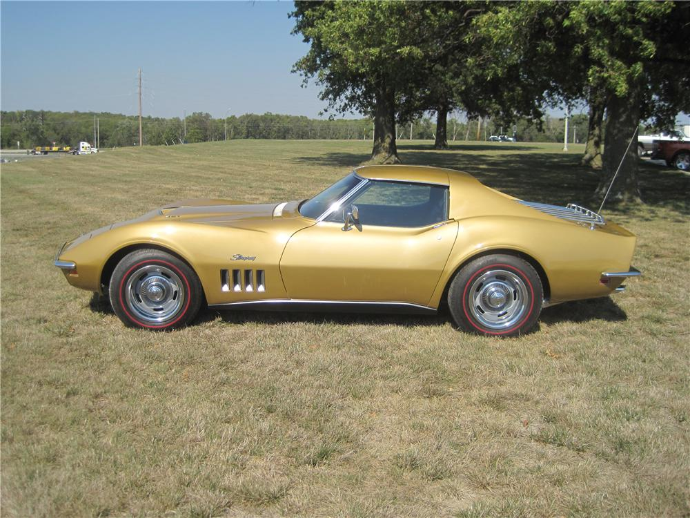 1969 CHEVROLET CORVETTE 2 DOOR COUPE - Side Profile - 161216