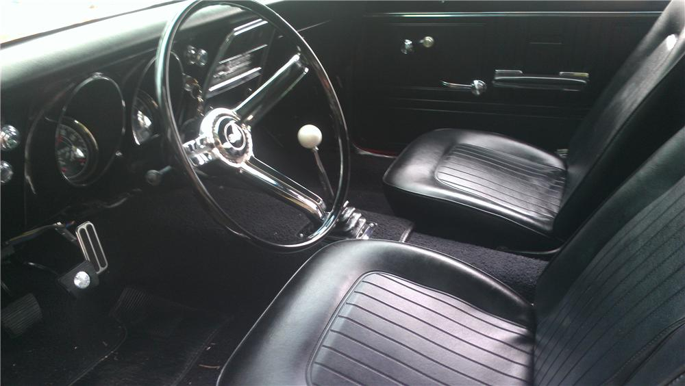 1967 CHEVROLET CAMARO CUSTOM 2 DOOR COUPE - Interior - 161220