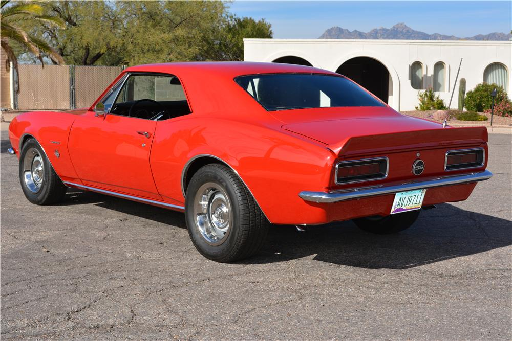 1967 CHEVROLET CAMARO CUSTOM 2 DOOR COUPE - Rear 3/4 - 161220