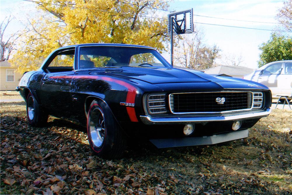 1969 CHEVROLET CAMARO 2 DOOR COUPE - Front 3/4 - 161230