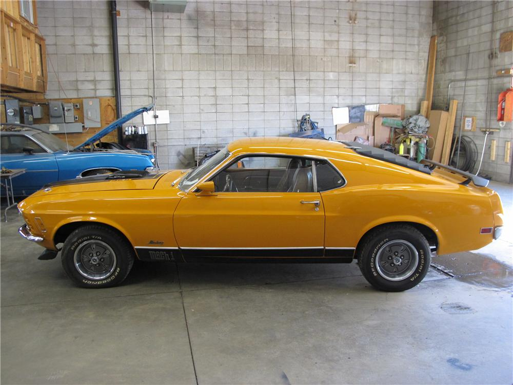1970 FORD MUSTANG MACH 1 428 CJ FASTBACK - Front 3/4 - 161231