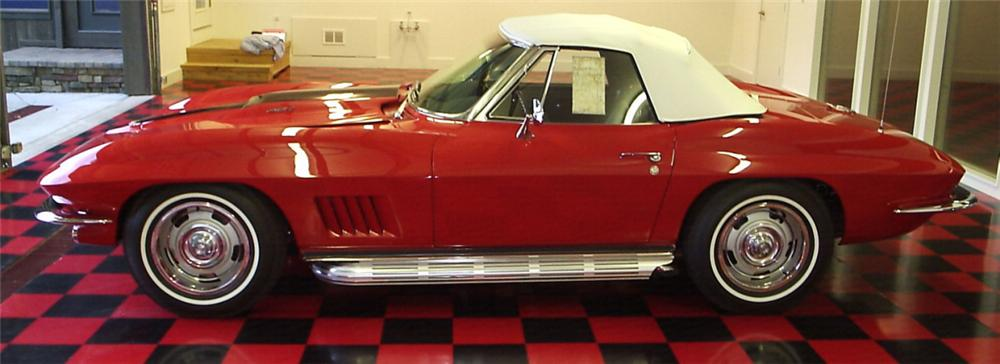 1967 CHEVROLET CORVETTE 427/435 CONVERTIBLE - Side Profile - 16124