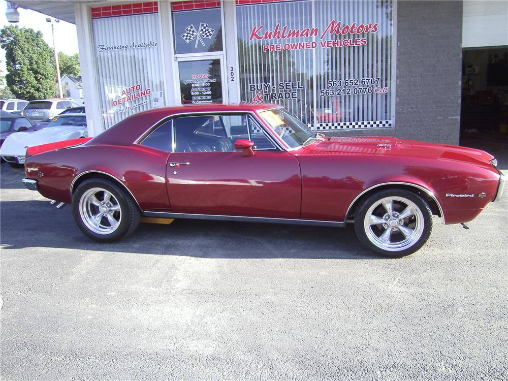 1967 PONTIAC FIREBIRD CUSTOM 2 DOOR COUPE - Side Profile - 161246