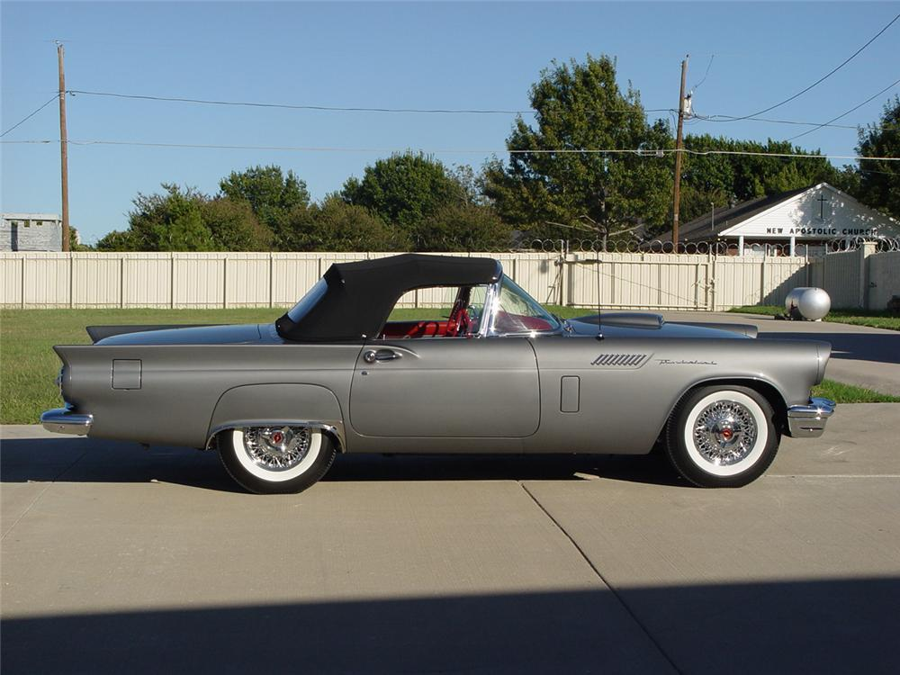 1957 FORD THUNDERBIRD E CONVERTIBLE - Side Profile - 161253
