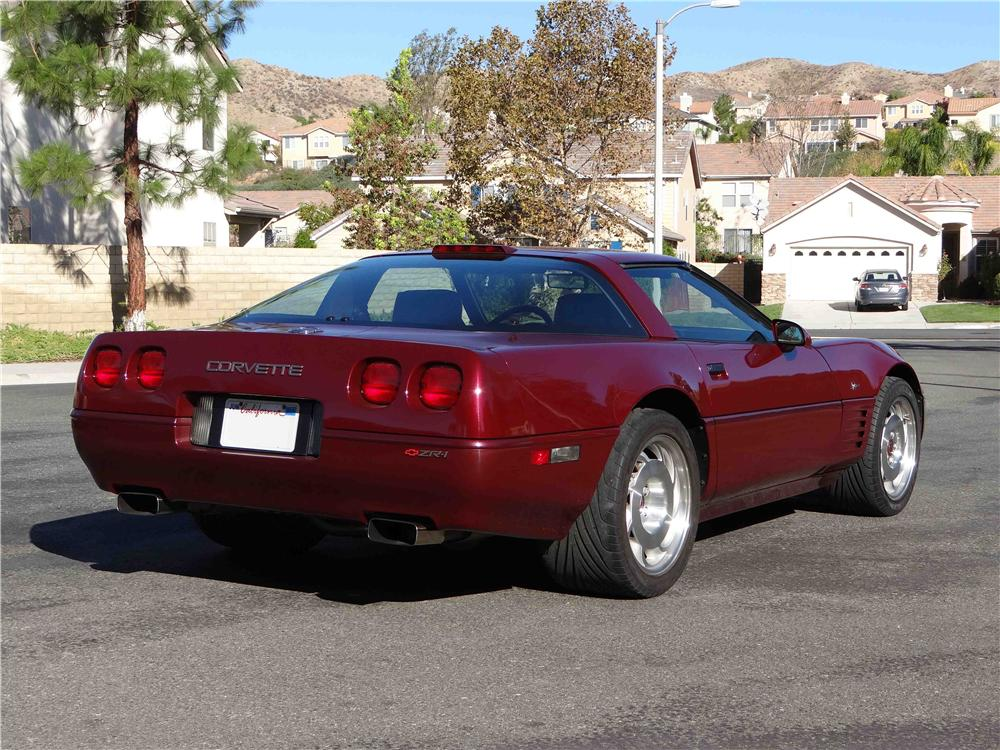 1993 CHEVROLET CORVETTE ZR1 2 DOOR COUPE - Rear 3/4 - 161262
