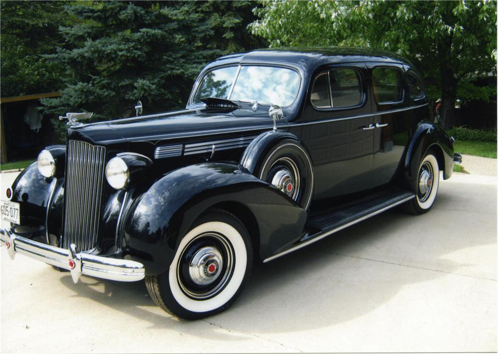 1939 PACKARD 120 4 DOOR SEDAN - Front 3/4 - 161267
