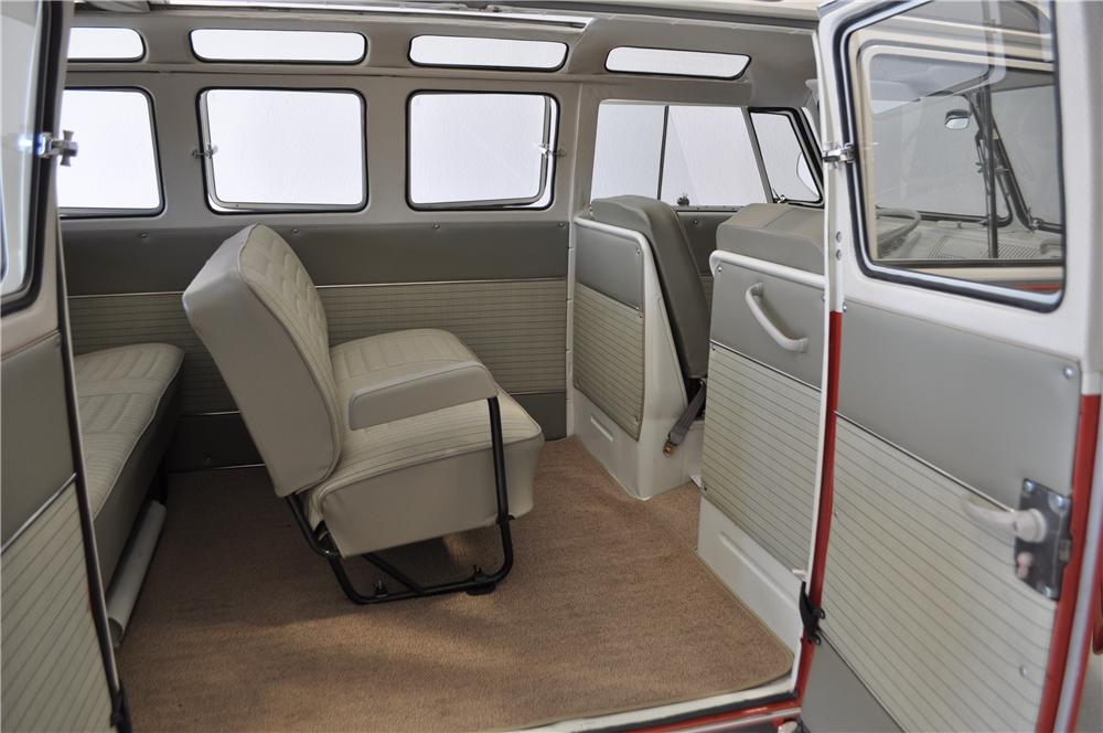 1966 VOLKSWAGEN 21 WINDOW SAMBA BUS - Interior - 161277