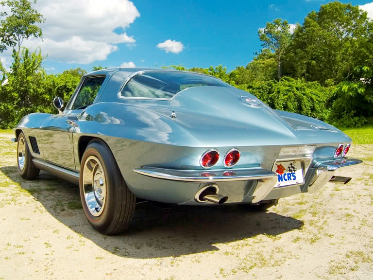 1967 CHEVROLET CORVETTE 2 DOOR COUPE - Rear 3/4 - 161278
