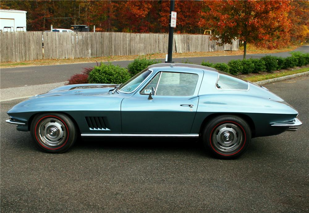 1967 CHEVROLET CORVETTE 2 DOOR COUPE - Side Profile - 161278