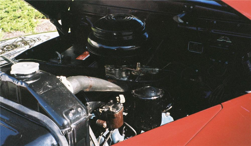 1947 FORD SPORTSMAN SUPER DELUXE CONVERTIBLE - Engine - 161284