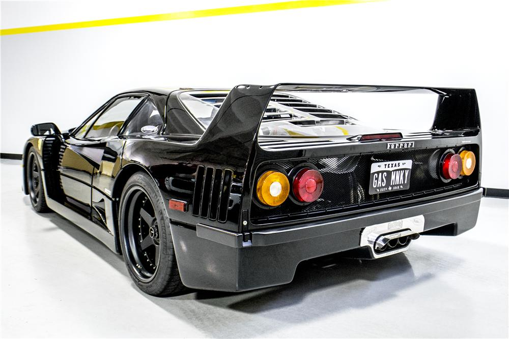 1991 FERRARI F40 2 DOOR COUPE - Rear 3/4 - 161289