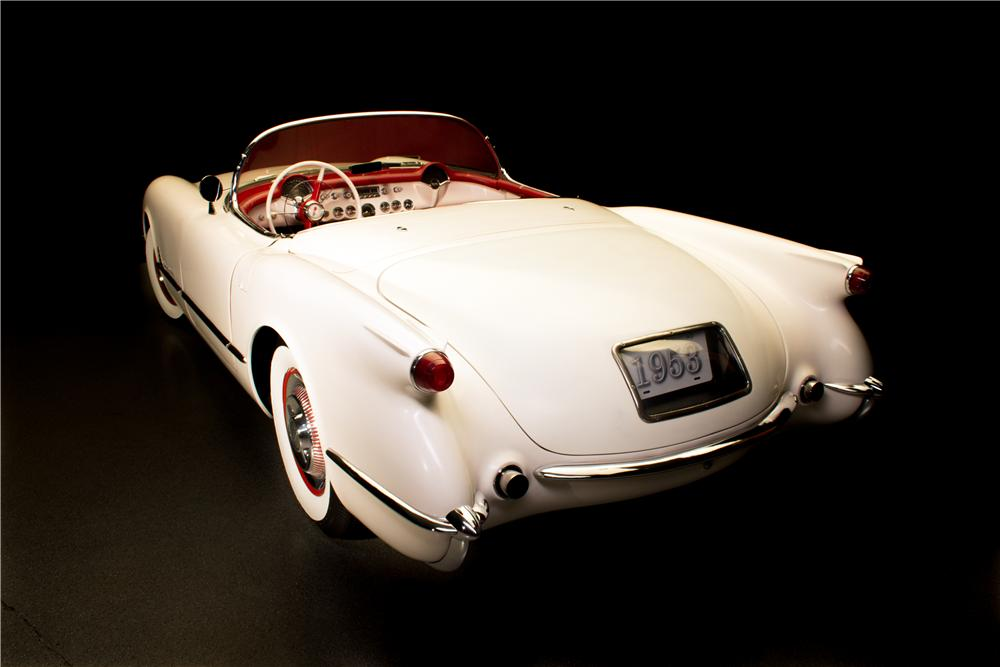 1953 CHEVROLET CORVETTE CONVERTIBLE - Rear 3/4 - 161296