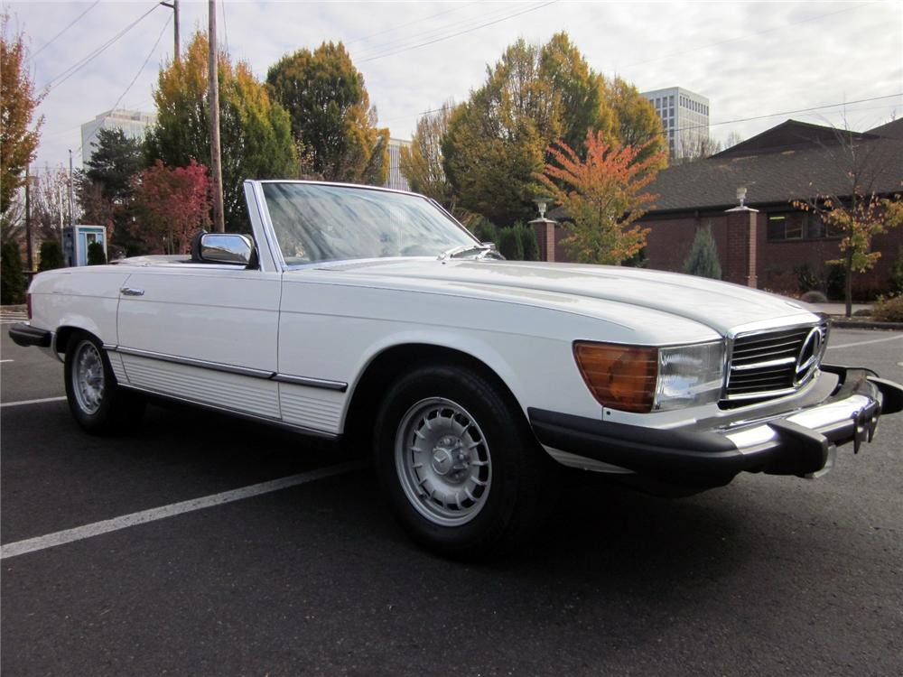 1979 MERCEDES-BENZ 450SL CONVERTIBLE - Front 3/4 - 161322