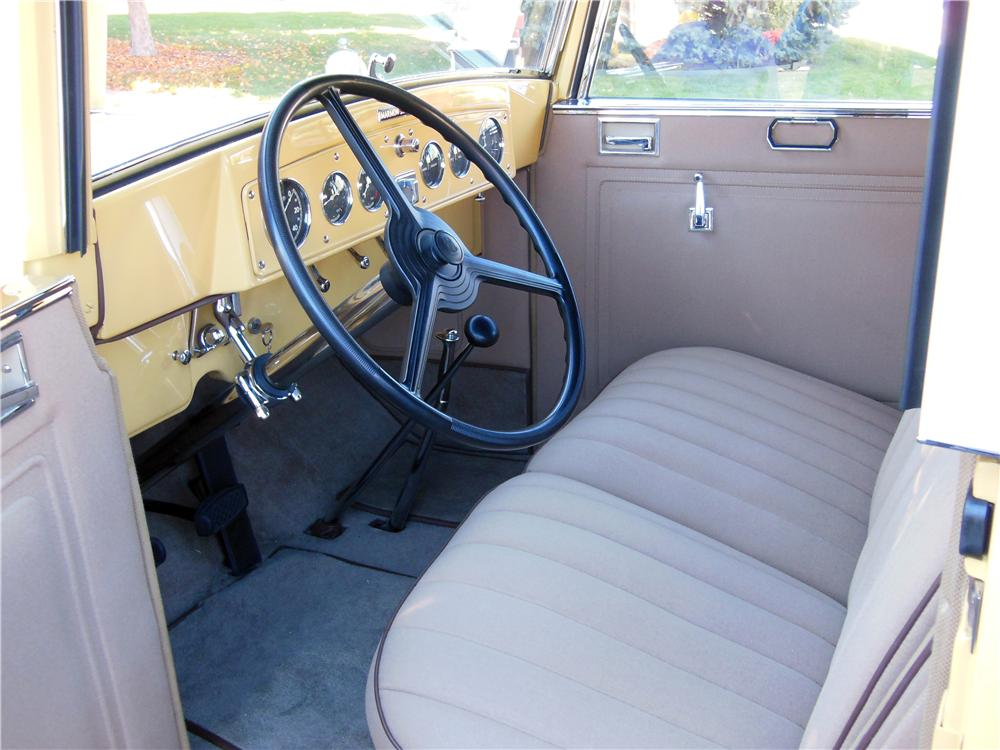 1933 MARMON SIXTEEN CONVERTIBLE SEDAN - Interior - 161336