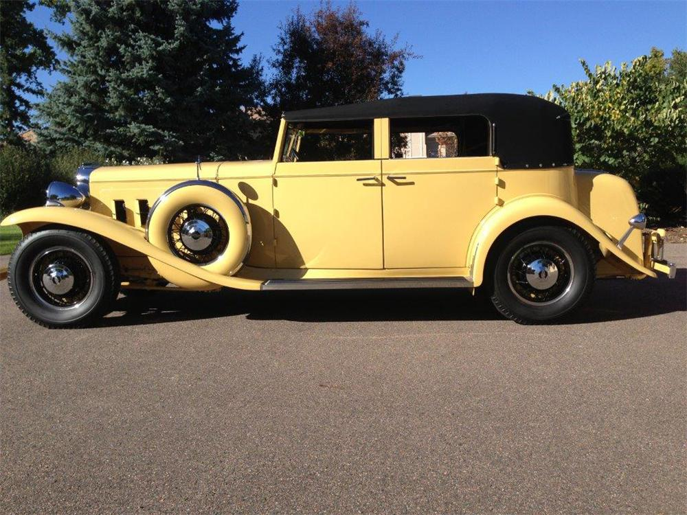 1933 MARMON SIXTEEN CONVERTIBLE SEDAN - Side Profile - 161336