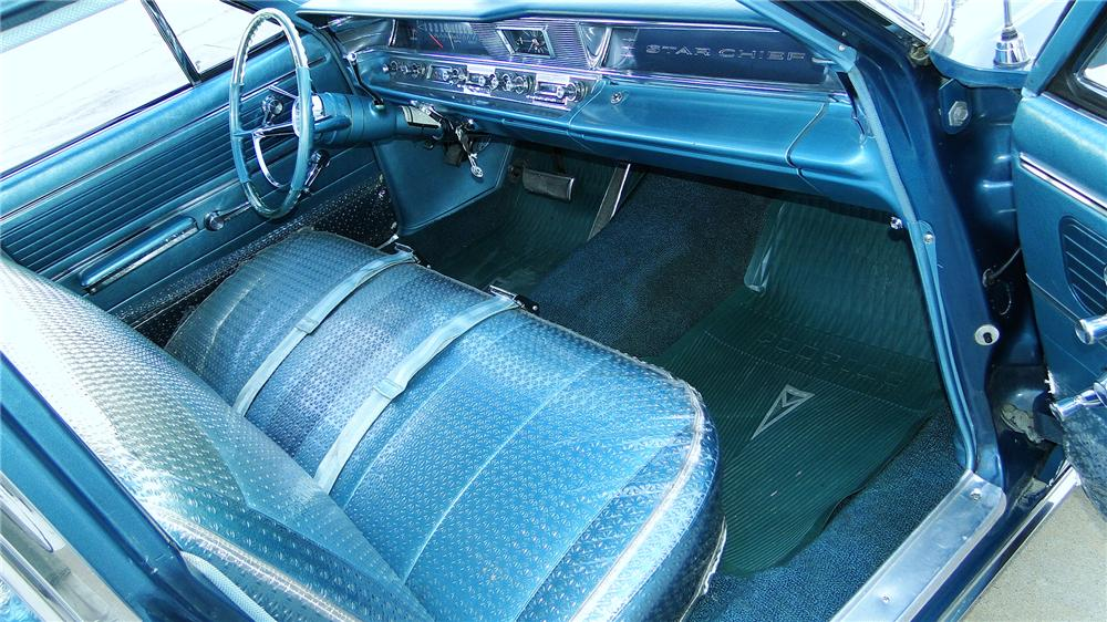 1963 PONTIAC STAR CHIEF 4 DOOR SEDAN - Interior - 161339