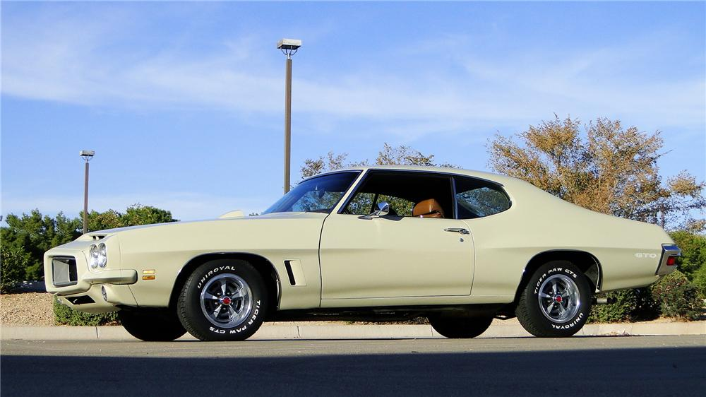 1972 PONTIAC GTO 2 DOOR COUPE - Front 3/4 - 161347