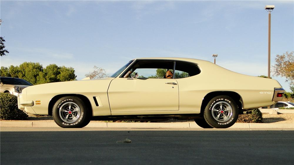1972 PONTIAC GTO 2 DOOR COUPE - Side Profile - 161347