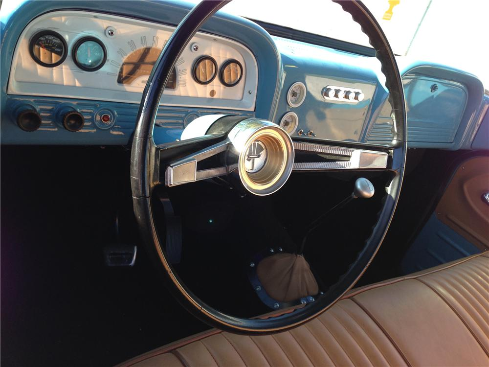 1962 CHEVROLET C-10 CUSTOM PICKUP - Interior - 161359