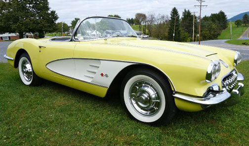 1958 CHEVROLET CORVETTE CONVERTIBLE - Front 3/4 - 161364