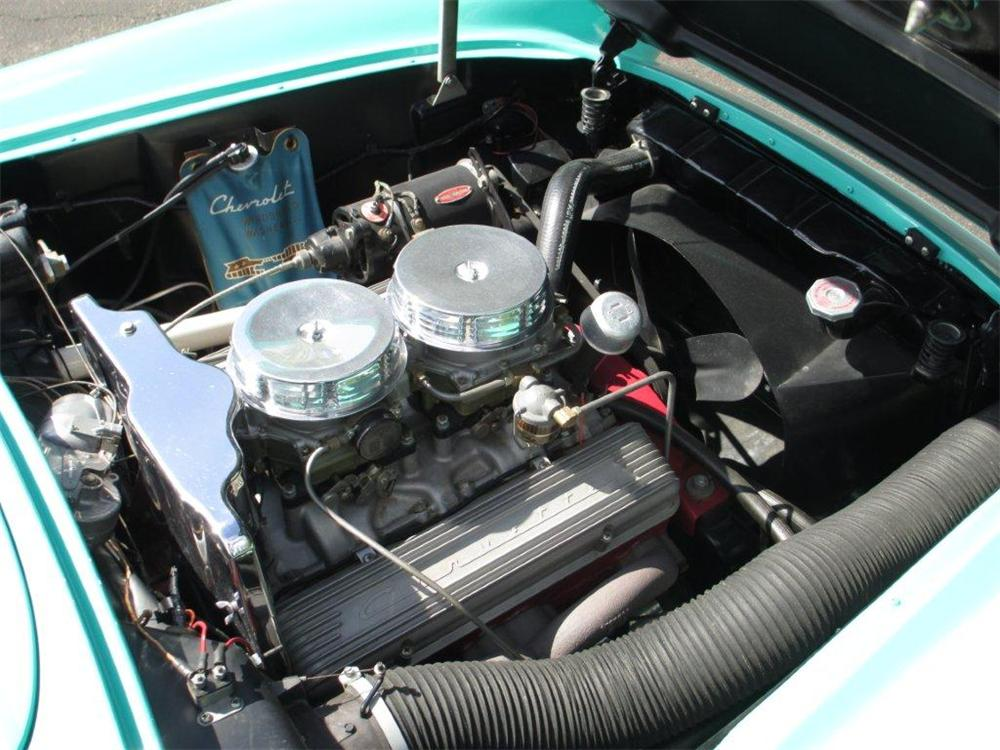 1956 CHEVROLET CORVETTE CONVERTIBLE - Engine - 161366