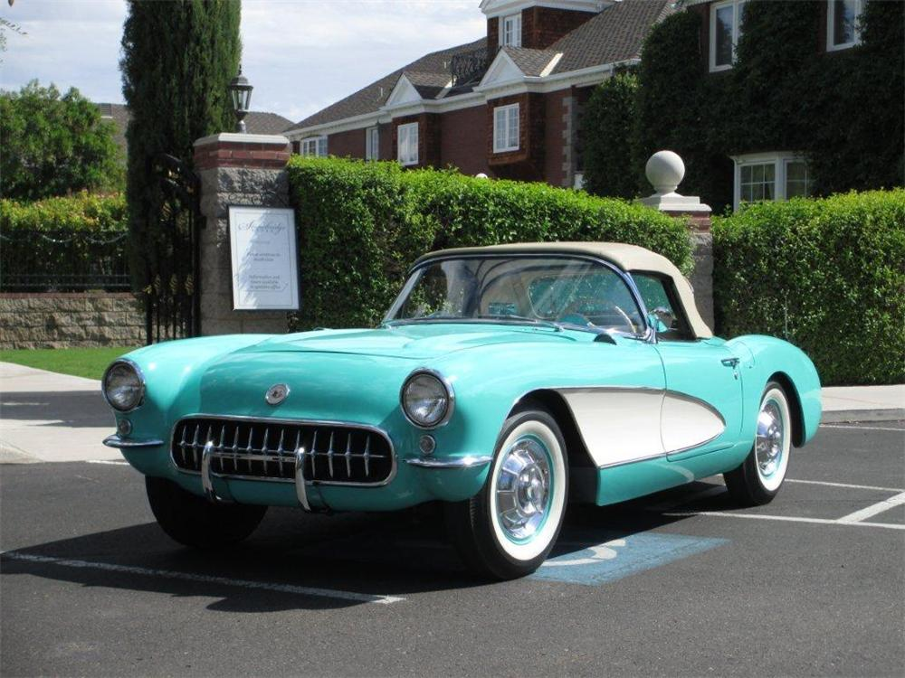 1956 CHEVROLET CORVETTE CONVERTIBLE - Front 3/4 - 161366