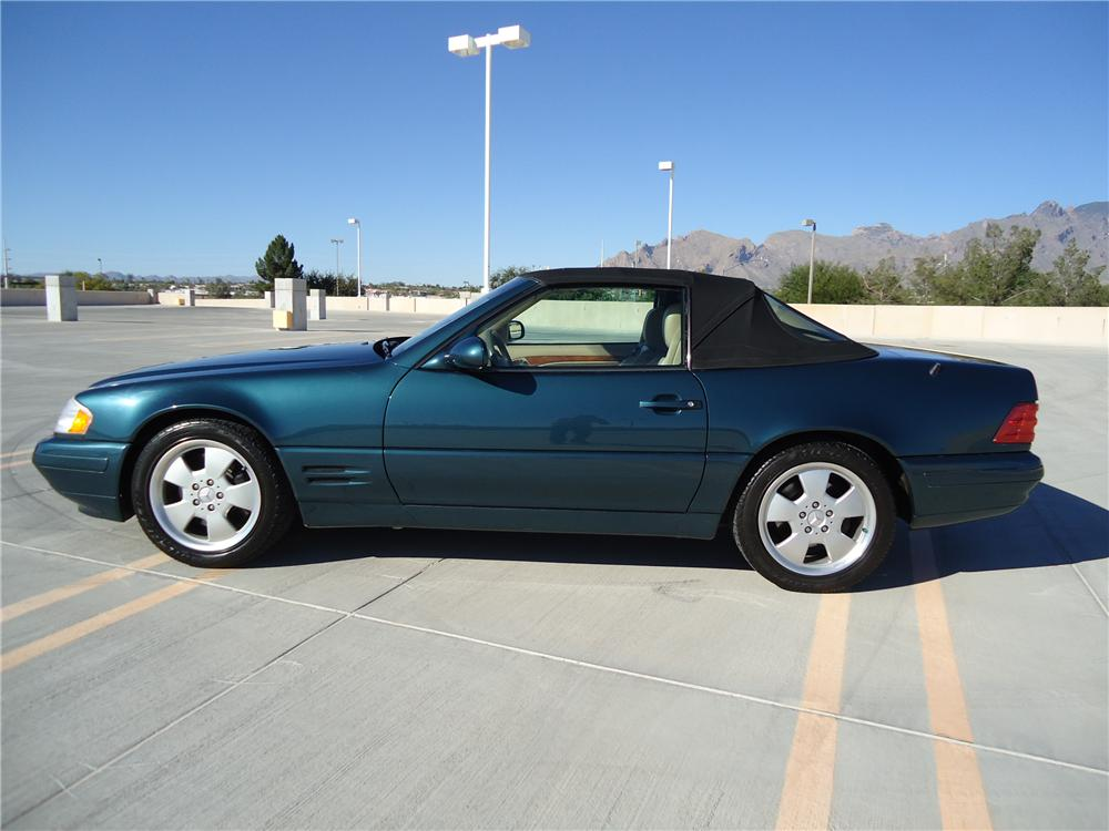 1999 MERCEDES-BENZ SL500 CONVERTIBLE - Side Profile - 161376