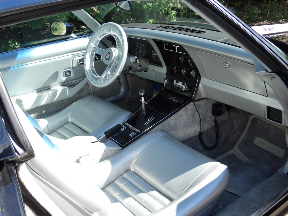 1978 CHEVROLET CORVETTE INDY PACE CAR - Interior - 161377