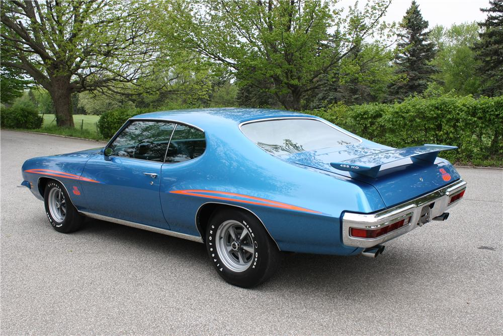 1971 PONTIAC GTO JUDGE 2 DOOR HARDTOP - Rear 3/4 - 161379