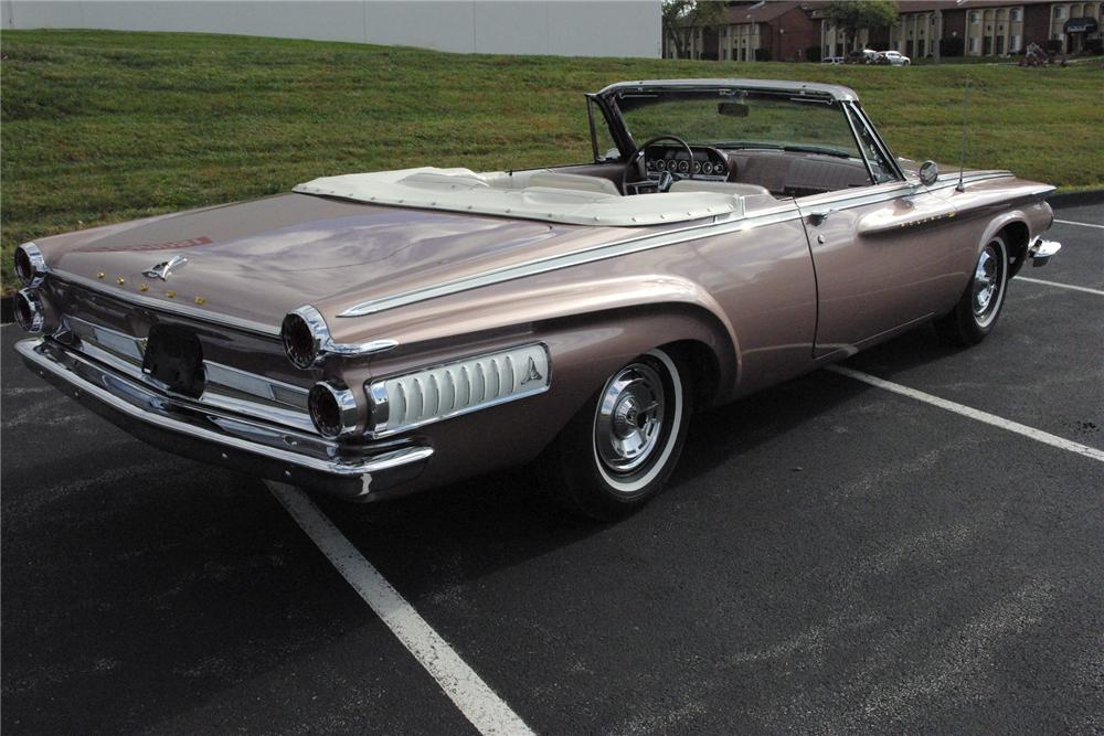 1962 DODGE POLARA 500 CONVERTIBLE - Rear 3/4 - 161383