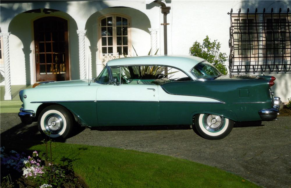 1955 OLDSMOBILE SUPER 88 2 DOOR HARDTOP - Side Profile - 161394