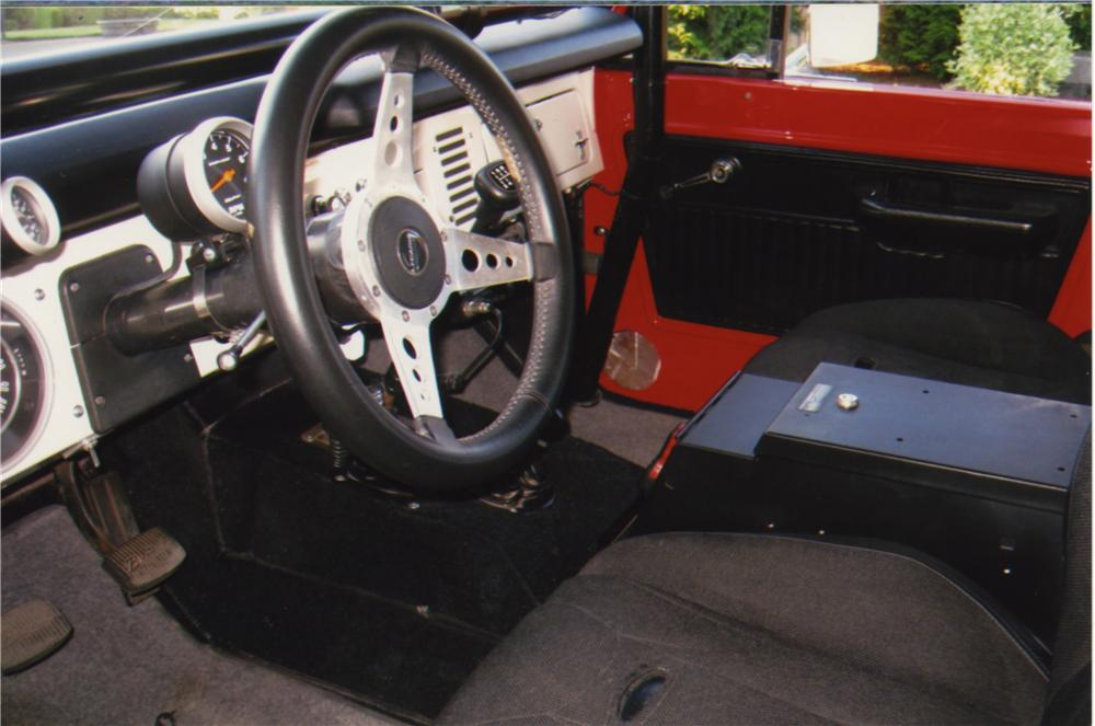 1975 FORD BRONCO CUSTOM SUV - Interior - 161395