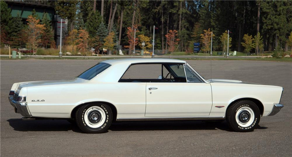 1965 PONTIAC GTO 2 DOOR HARDTOP - Side Profile - 161397