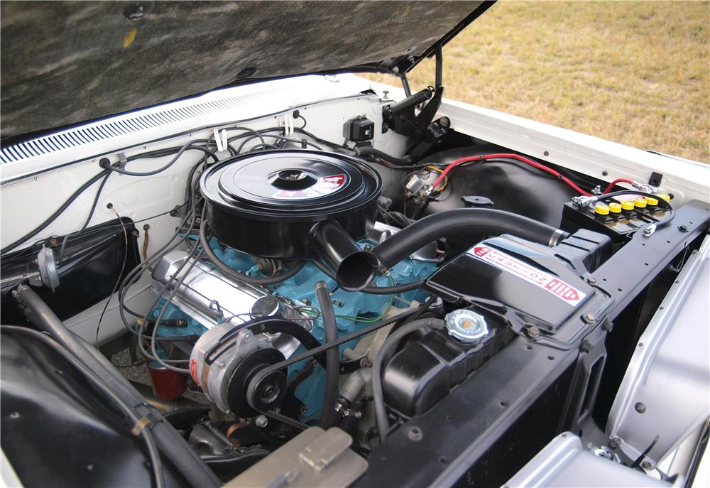 1961 PONTIAC BONNEVILLE CONVERTIBLE - Engine - 161399